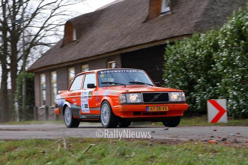 Pierre Brouwer & Paul Helmink - Volvo 240 Turbo - Zuiderzeerally 2018
