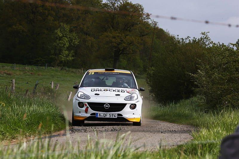Timo van der Marel & Rebecca van der Marel - Opel Adam R2 - Rallye de Wallonie 2018